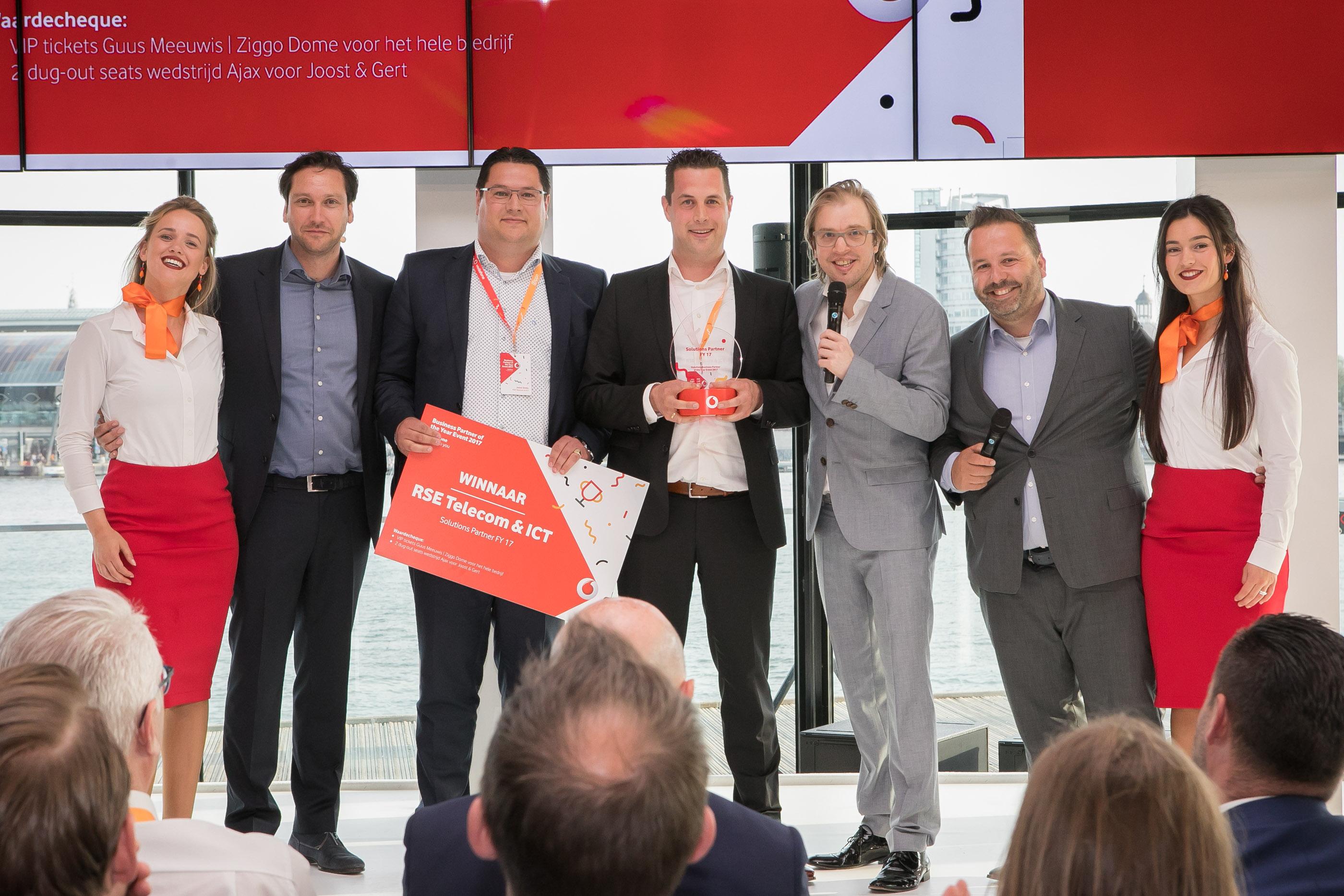 Ten Have Tekst schreef en verzond het persbericht 'RSE telecom & ICT voor de derde keer op rij Nederlands Vodafone Business Solutions Partner of the Year, Unieke prestatie voor bedrijf met vestigingen in Groningen, Emmen en Winschoten'.