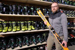 foto bij persbericht van Ten have Tekst over de forse uitbreiding van Petstra Ski, Outdoor & Kampeer en Eurotrek Campers in Coevorden.